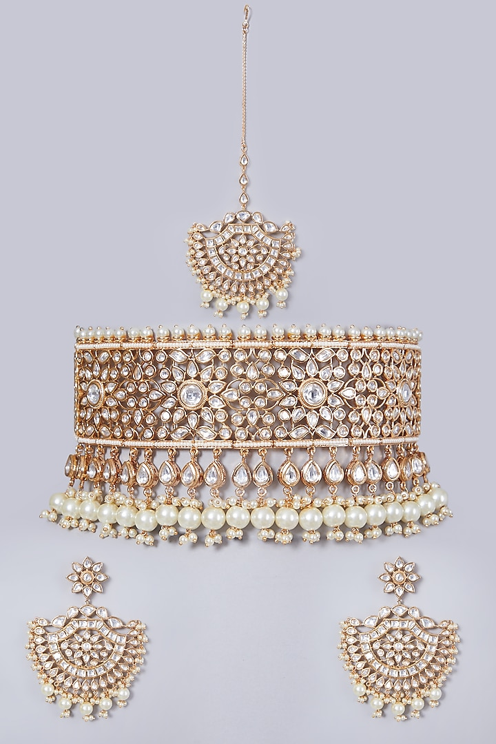 Gold Finish Shell Pearl Necklace Set by 20AM