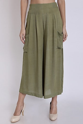 Olive Green Pants With Patch Pockets by 3X9T