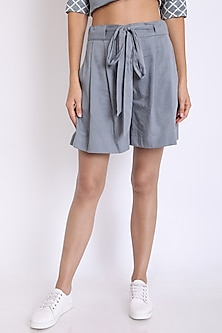 Grey Shorts With Slit Pockets by 3X9T