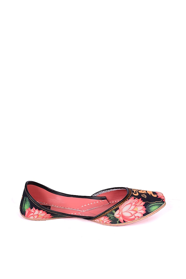 Multi Colored Digital Printed Juttis by 5 Elements