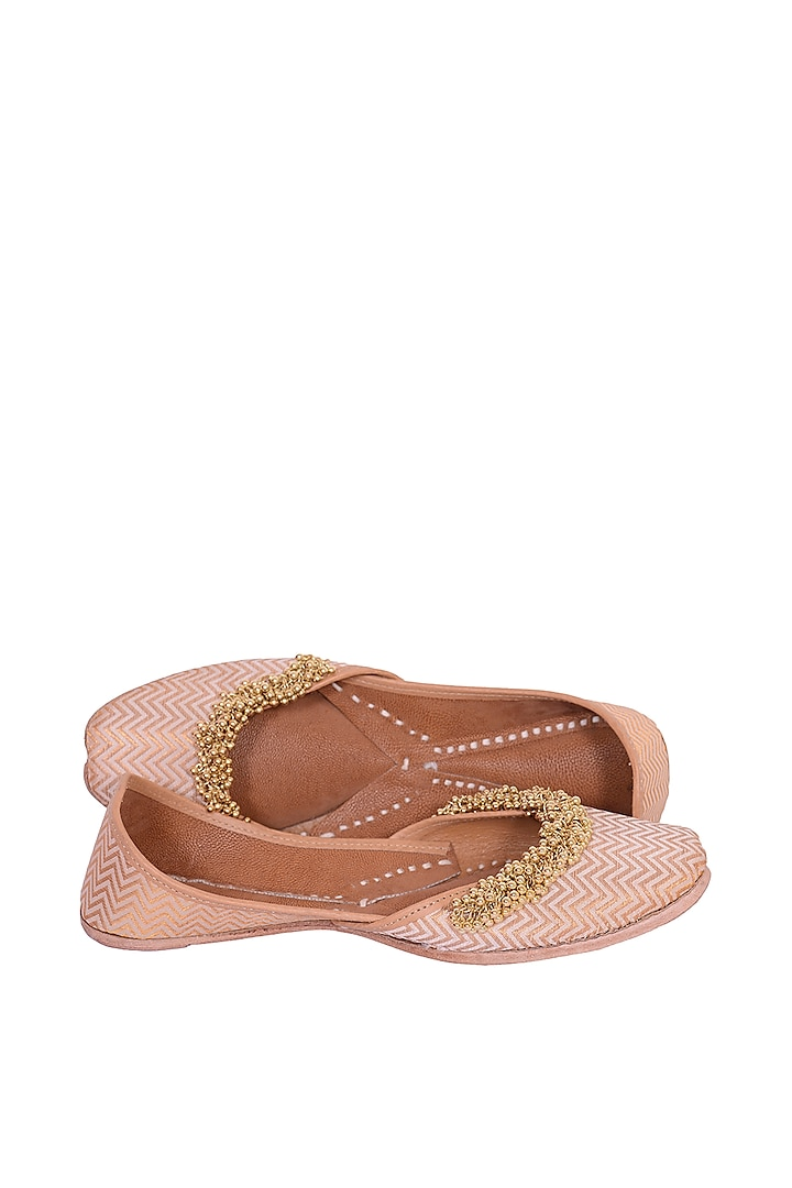 Gold Floral Embroidered Juttis by 5 Elements