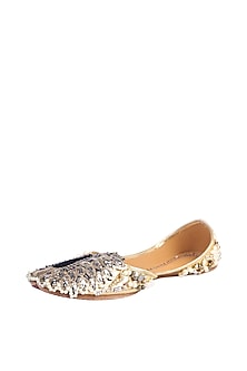 Gold Pearls & Sequins Embroidered Juttis by 5 Elements