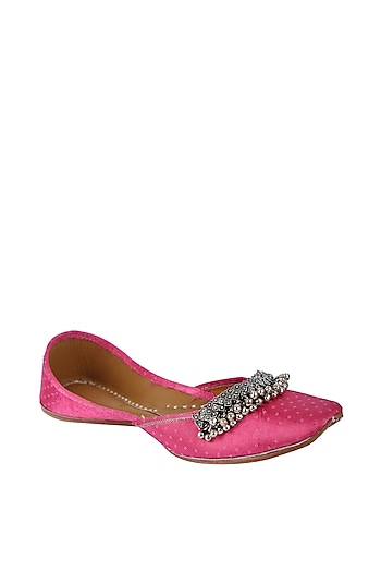 Pink Leather Juttis With Ghungroos by 5 Elements