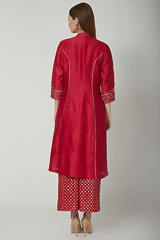 Red Sequins Embroidered Kurta Set by 5X by Ajit Kumar