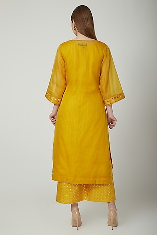 Yellow Sequins Embroidered Kurta Set by 5X by Ajit Kumar