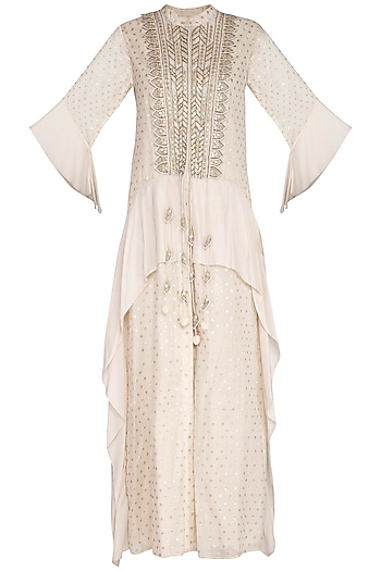 White Embroidered Kurta With Flared Pants by 5X by Ajit Kumar