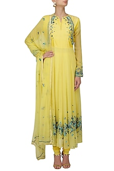 Yellow Scattered Floral Embroidered Anarkali Set by 5X by Ajit Kumar