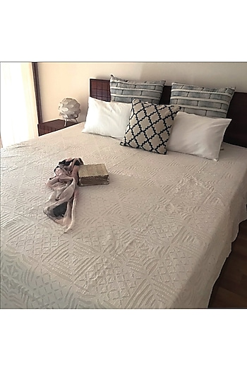 Serena Splendour White Applique Bedcover by Karmadori