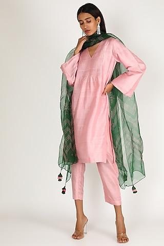 Blush Pink & Emerald Green Printed Kurta Set by Shivani Bhargava