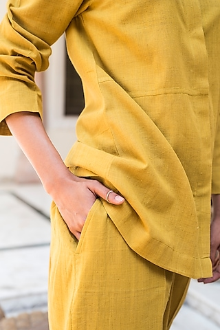 Turmeric Yellow Handwoven Pants Set by Aavidi