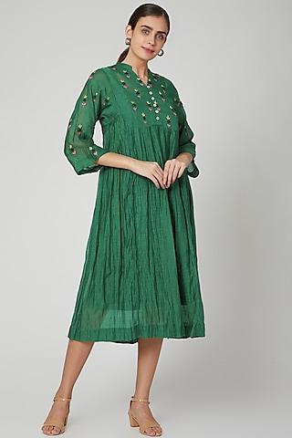 Emerald Green Embroidered Kurta Dress by Aavidi