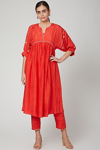 Red Embroidered Kurta With Lining & Pants by Aavidi