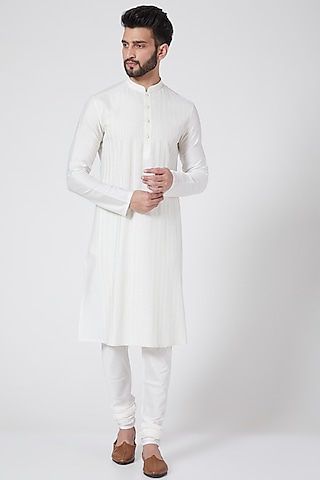 Off White Embroidered Kurta Set by Abhishek Gupta Men