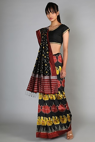 Black Single Weft Ikat Mulberry Silk Saree Set by Abir Pal