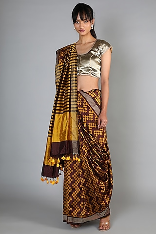 Gold Single Weft Ikat Mulberry Silk Saree Set by Abir Pal