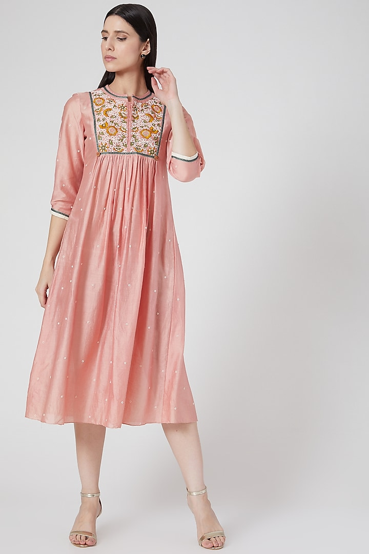 Pink Hand Embroidered Kurta by Abstract By Megha Jain Madaan
