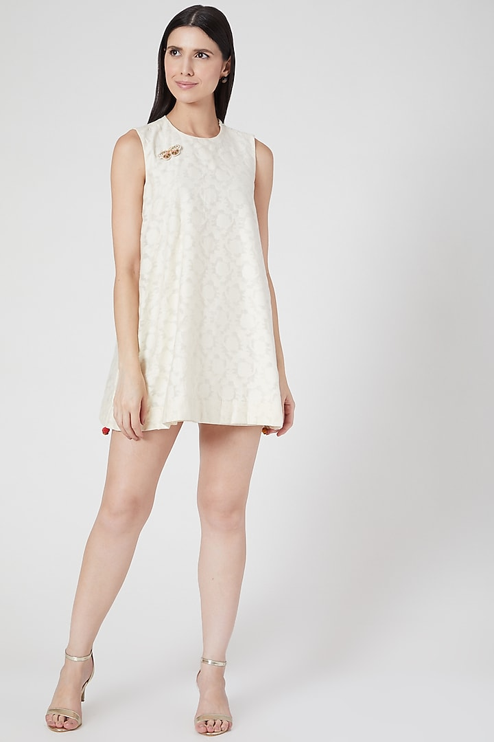 White Mini Dress With Butterfly Brooch by Abstract By Megha Jain Madaan