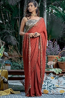 Red Embellished Saree Set by Abstract By Megha Jain Madaan-ABSTRACT BY MEGHA JAIN MADAAN