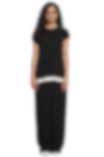 Black Georgette Pleated Tunic Set by Abraham & Thakore