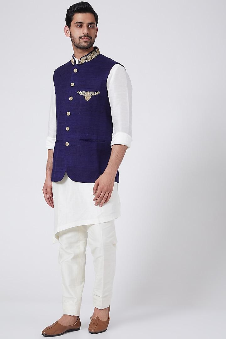 Royal Navy Blue Bundi Jacket Set With Zardosi Work by Aqube by Amber Men