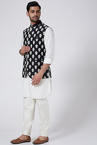 Black Bundi Jacket Set With Buttis by Aqube by Amber Men