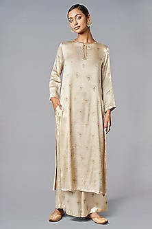 Cream & Gold Naturaly Dyed Kurta Set by Anita Dongre Grassroot
