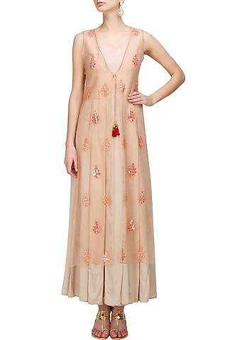 Peach embroidered long kurta with pleated dress by Anshul Apoorva-The DramaQueens