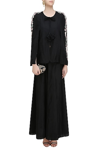 Black Birds Embroidered Batwing Sleeve Jacket and Pants Set by Aekatri by Charu Vij