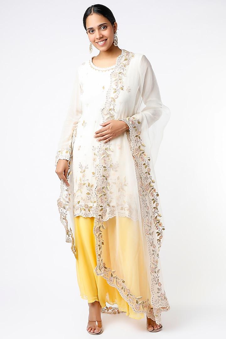 White Sequins Embroidered Kurta Set by anuradha grewal