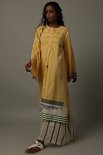 Yellow Handwoven Jamdani Tunic by AMITA GUPTA SUSTAINABLE