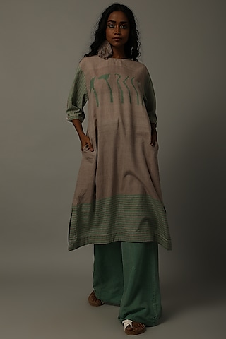 Mud & Green Floral Tunic With Pants by AMITA GUPTA SUSTAINABLE