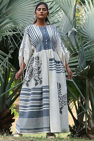 Ivory Handwoven Tunic Set by Amita Gupta Sustainable