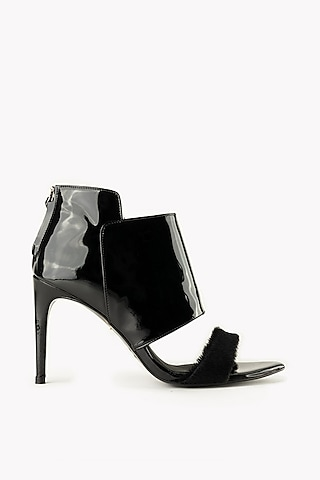 Black Handmade Leather Sandals by Augustha