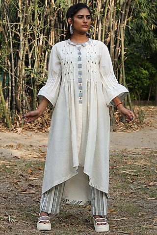 Ivory Tunic Set With Motifs by Amita Gupta Sustainable