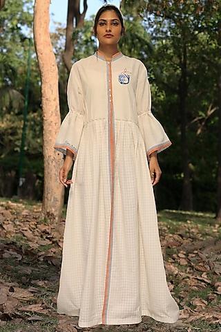 Ivory Hand Embroidered Tunic Set by Amita Gupta Sustainable