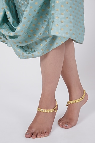 Gold Finish Elegant Anklets In Sterling Silver by Aaharya