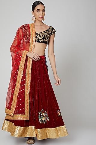 Maroon Embroidered Lehenga Set by Aharin India