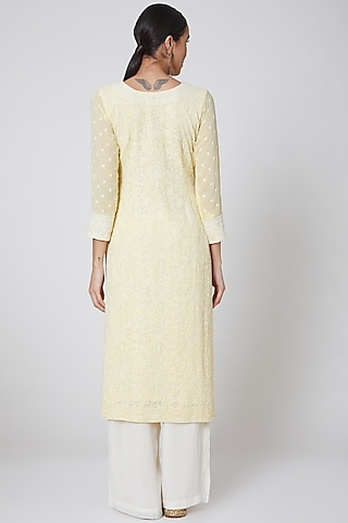 Yellow & White Embroidered Kurta Set by Anshikaa Jain