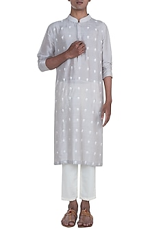 Grey Embroidered Kurta Set by Anju Agarwal