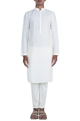 Off White Cotton Silk Kurta Set by Anju Agarwal