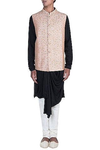 Peach Embroidered Jacket by Anju Agarwal