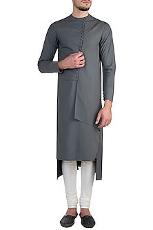 Grey Layered Kurta by Rishta By Arjun Saluja Men
