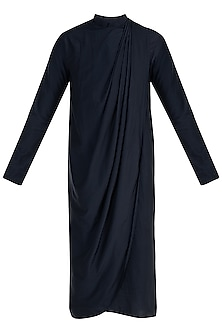 Navy Blue Draped Kurta by Rishta By Arjun Saluja Men