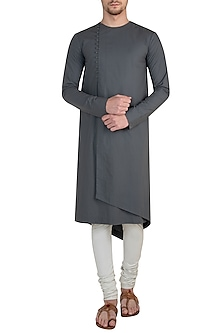 Grey wrap asymmetrical kurta by Rishta by Arjun Saluja Men