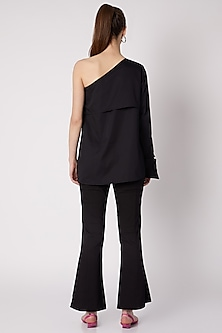 Black One Shoulder top by ALIGNE