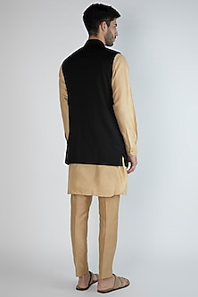Black Embroidered Jacket With Golden Kurta Set by Amaare