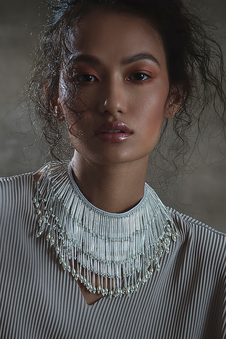 White Choker Necklace With Glass Hand Embroidery by AMAMA
