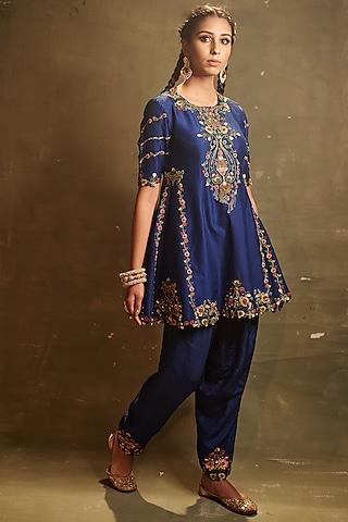 Royal Blue Embroidered Dhoti Set by AMAN TAKYAR