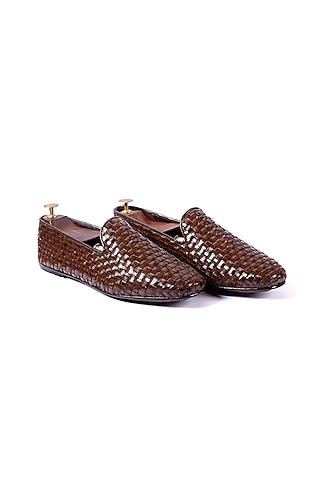 Brown Woven Leather Shoes by ARTIMEN
