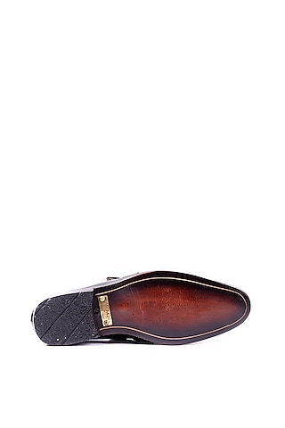 Black Handcrafted Loafers With Buckle by ARTIMEN